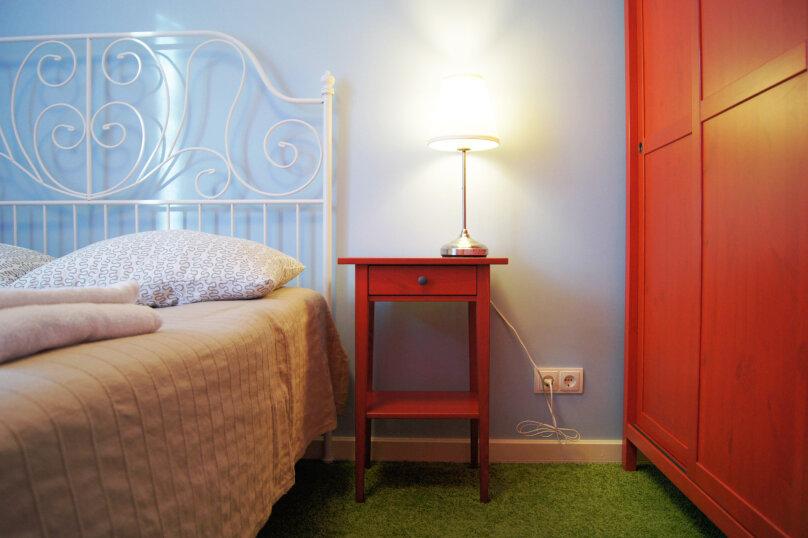 Двухместный с двуспальной кроватью эконом, улица Бойко-Павлова, 7, Хабаровск - Фотография 9