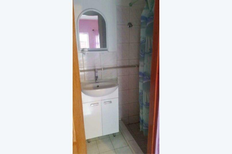 Семейный 2-х комнатный номер, стандартный,  на 4 чел., Новая улица, 64, Поповка - Фотография 3