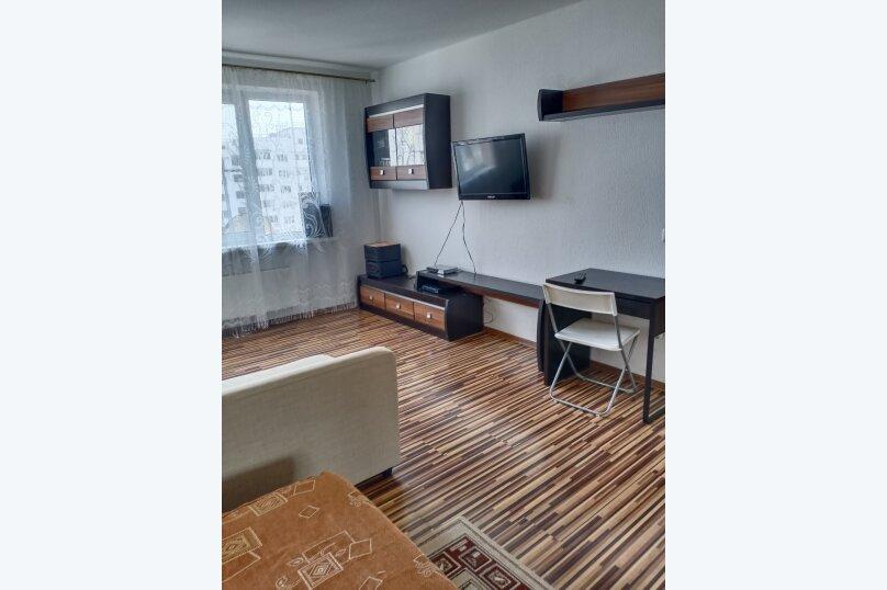 1-комн. квартира, 40 кв.м. на 4 человека, проспект Ленина, 105, Новороссийск - Фотография 1
