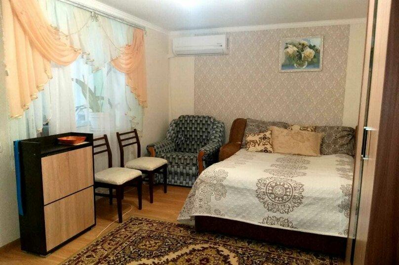"""Гостевой дом """"На Гагарина 16"""", улица Гагарина, 16 на 2 комнаты - Фотография 1"""