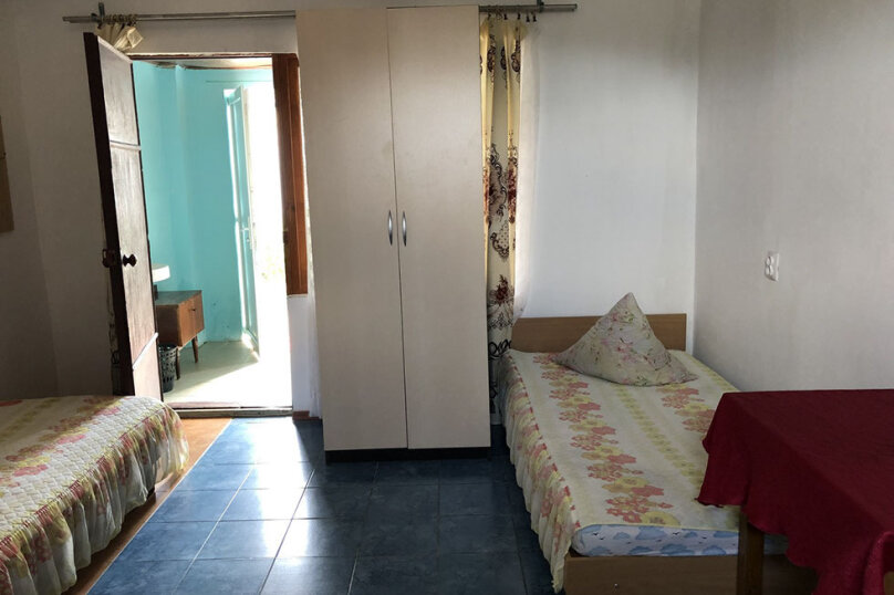 Уютный номер с удобствами, Юбилейная улица, 26, Заозерное - Фотография 1