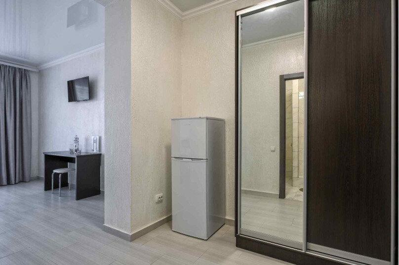 Улучшенный трехместный номер  , пгт Затока, ул. Приморская улица, 61/1 А, Одесса - Фотография 4