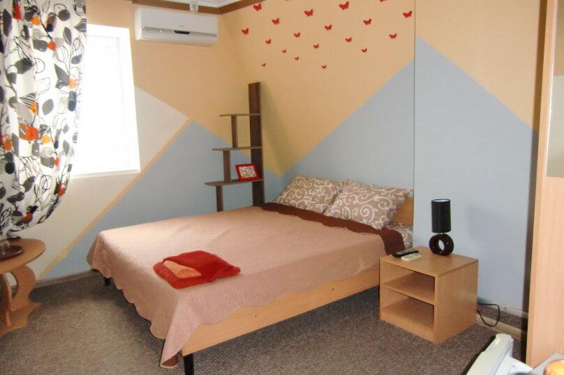 Стандарт с 2-у спальной кроватью, Луговая улица, 19А, Черноморское - Фотография 1