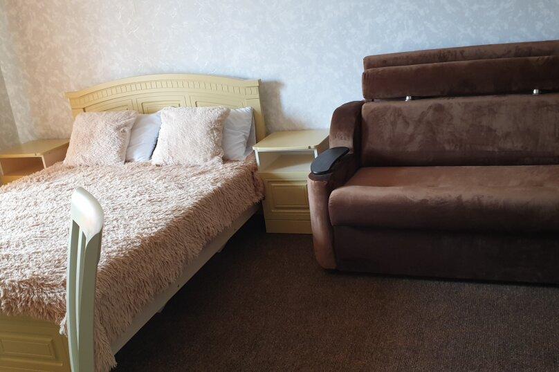 3х местный стандарт Семейный, микрорайон Солнечный, Лабинская улица, 3, Геленджик - Фотография 1