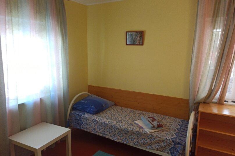 Двухместный номер с двумя односпальными кроватями, Морская улица, 181, Ейск - Фотография 4