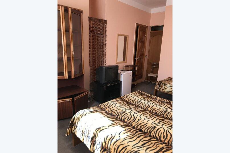 Отель «Русалочка», улица Грушевый сад, 1 на 14 комнат - Фотография 22