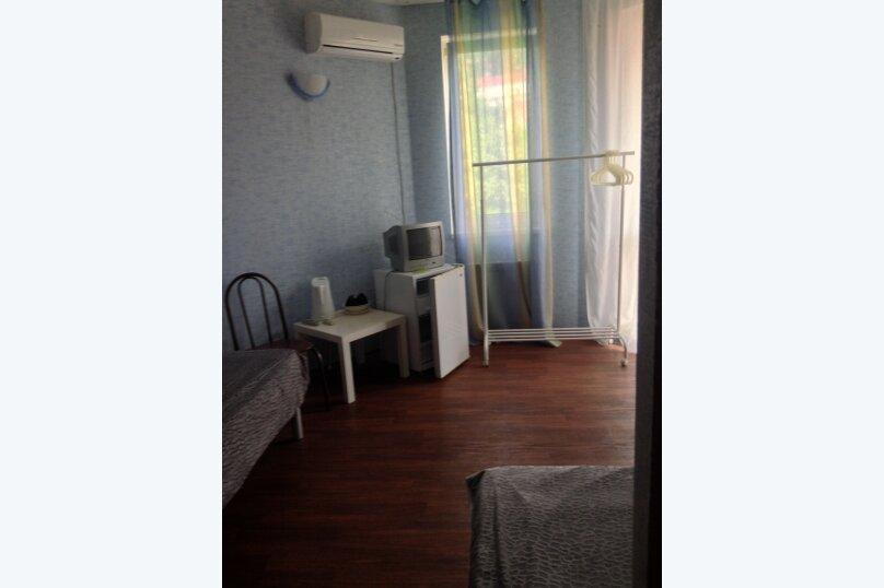 Трехместная комната  Корпус Б, Комсомольская улица, 36А, Сочи - Фотография 2