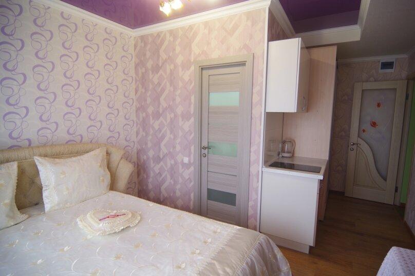 Двухместный номер Делюкс с 1 кроватью и балконом, улица Саранчева, 36, Алушта - Фотография 6