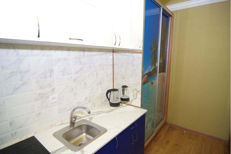 Двухместный номер Делюкс с 1 кроватью, улица Саранчева, 36, Алушта - Фотография 5