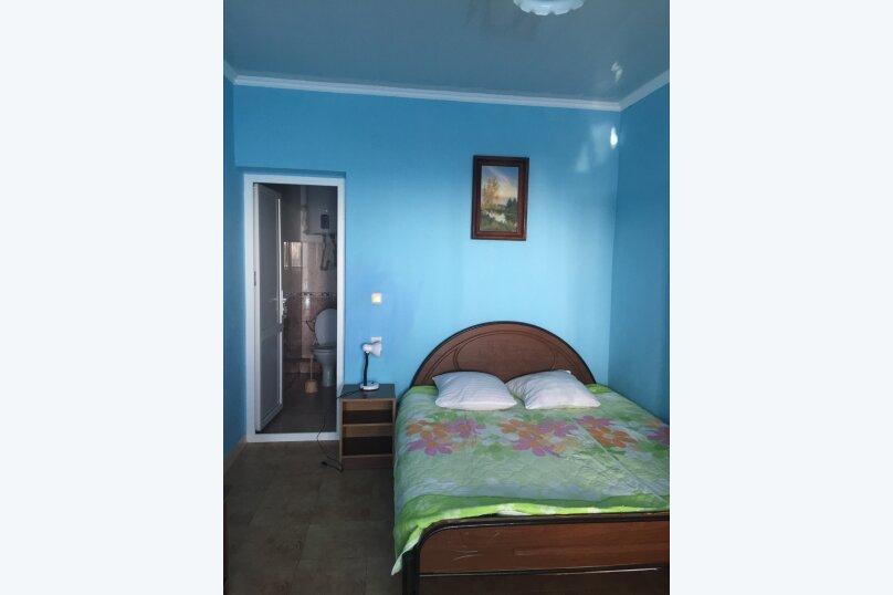 """Гостевой дом """"У Роберта"""", Весенняя улица, 26 на 10 комнат - Фотография 16"""