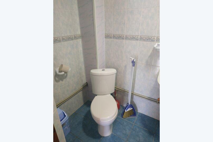 """Гостевой дом """"На Калинина 32"""", улица Калинина, 32 на 8 комнат - Фотография 60"""