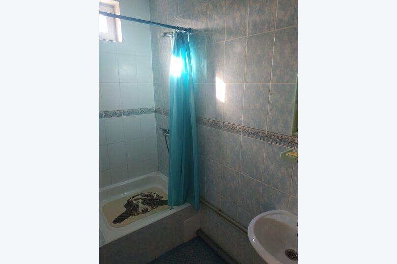 """Гостевой дом """"На Калинина 32"""", улица Калинина, 32 на 8 комнат - Фотография 62"""