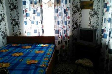Дом, 60 кв.м. на 4 человека, 2 спальни, Пограничная улица, 41, Черноморское - Фотография 1