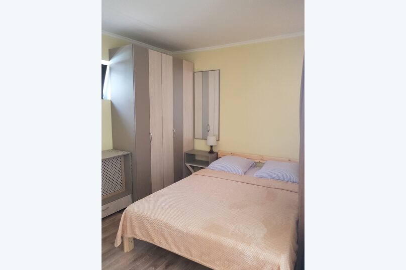 Дом-2, 28 кв.м. на 4 человека, 1 спальня, улица Горького, 7, Евпатория - Фотография 2