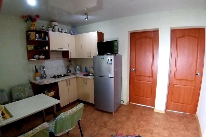 """Гостевой дом """"Кипарис"""", улица Виткевича, 9 на 3 комнаты - Фотография 31"""