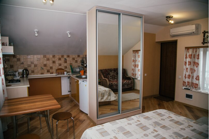 """Гостевой дом """"Кипарис"""", улица Виткевича, 9 на 3 комнаты - Фотография 25"""