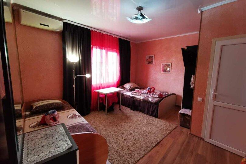 """Гостевой дом """"Тёма"""", улица Богдана Хмельницкого, 33 на 7 комнат - Фотография 25"""