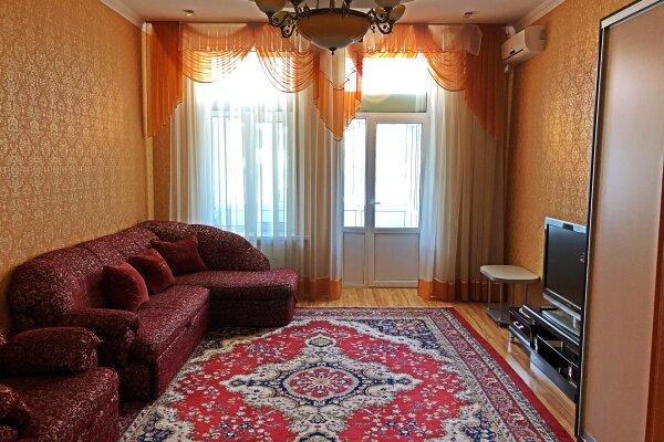 2-комн. квартира, 70 кв.м. на 4 человека, улица Игнатенко, 3, Ялта - Фотография 1