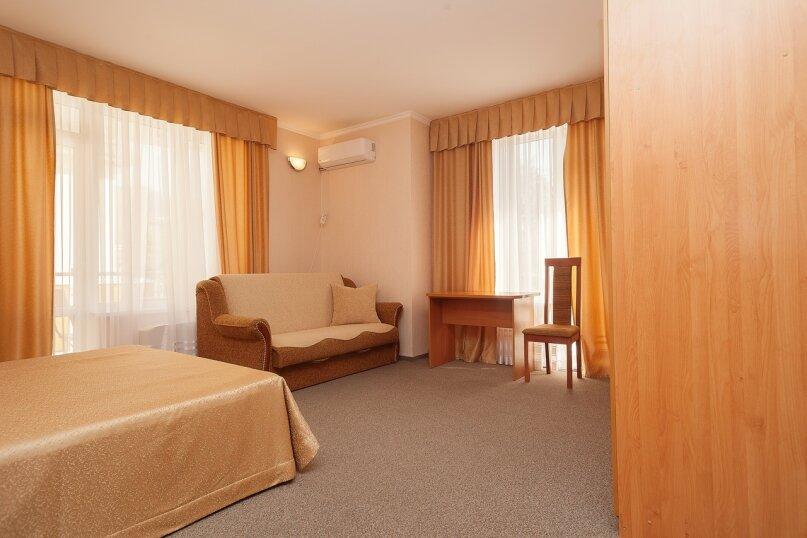 Отдельная комната, улица Луначарского, 133, Геленджик - Фотография 3