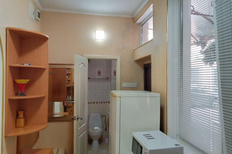 1-комн. квартира, 30 кв.м. на 3 человека, улица Дражинского, 23, Ялта - Фотография 13
