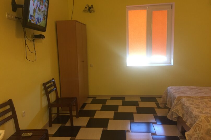 Дом, 141 кв.м. на 10 человек, 5 спален, СТ Прибой-2, ул. Виноградная, 23, Заозерное - Фотография 6