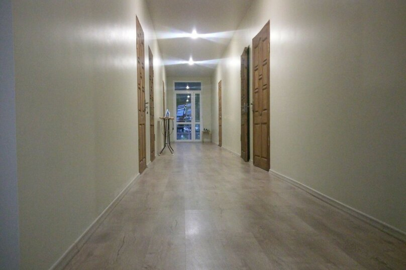 Sofi Guest House, Братьев Дзапщ-Ипа, 2 на 10 комнат - Фотография 1