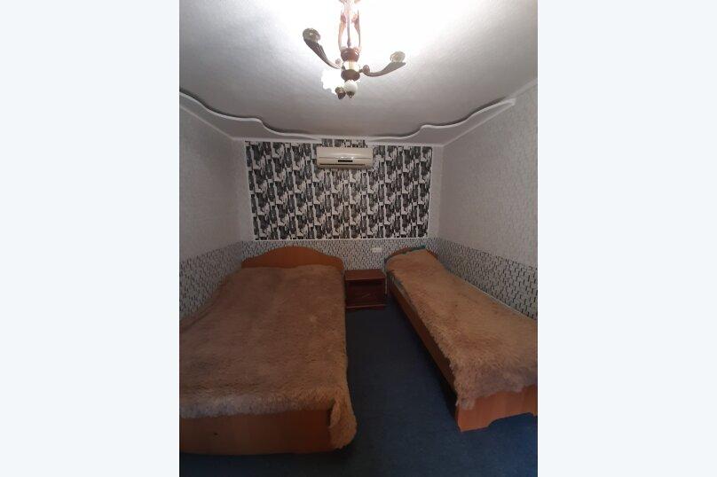 Сдается коттедж в центре города, 85 кв.м. на 10 человек, 4 спальни, Пионерская улица, 20, Алушта - Фотография 31
