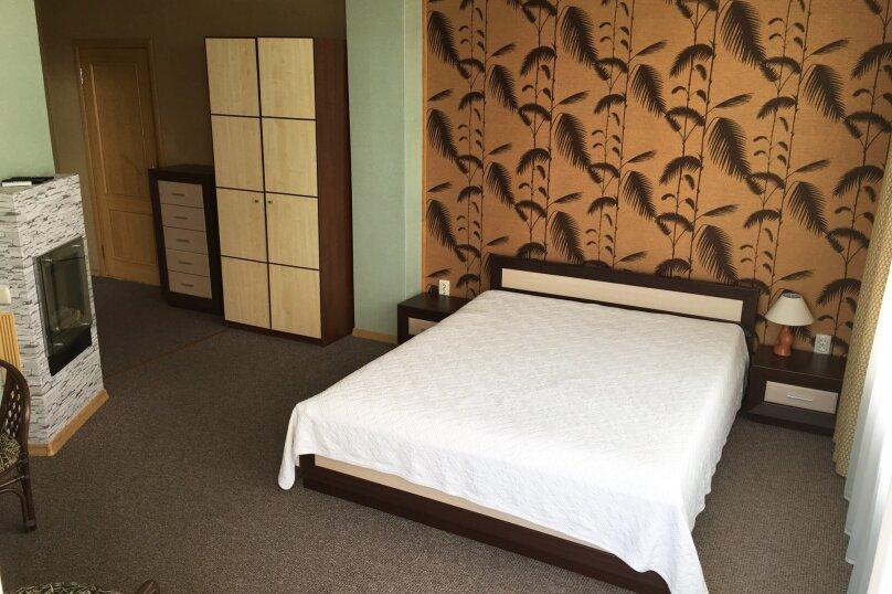 Гостиный дом «Kiparis Inn», Алупкинское шоссе , 14 на 14 комнат - Фотография 1