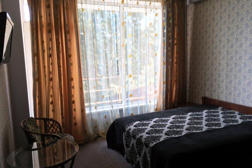 Гостиный дом «Kiparis Inn», Алупкинское шоссе , 14 на 14 комнат - Фотография 6