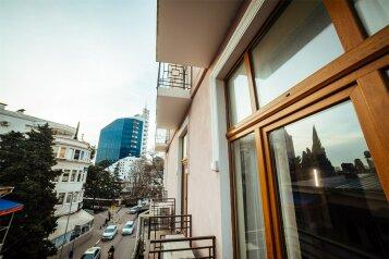 """Апарт-отель """"Боткинская, 2В"""", Боткинская улица, 2 В на 5 номеров - Фотография 1"""