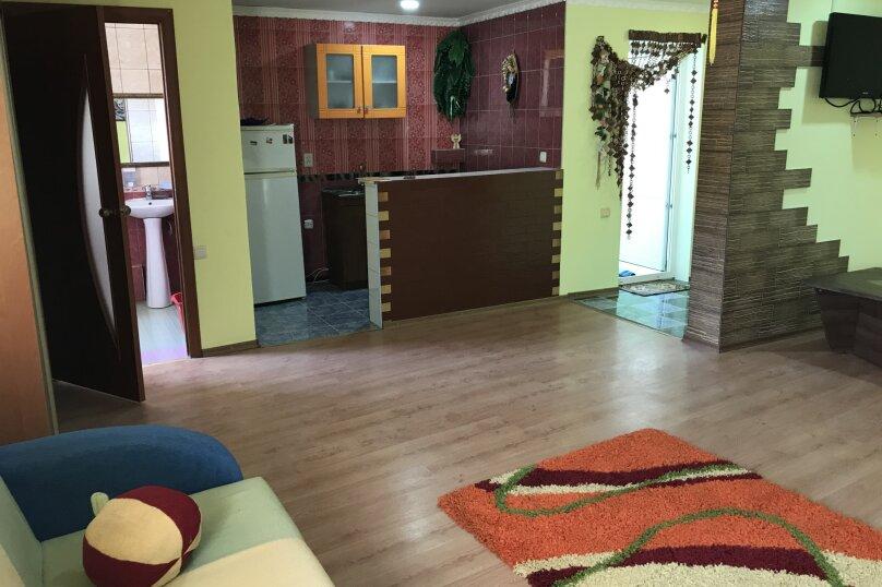 """Гостевой дом """"Валерия"""", улица Гагарина, 31 на 30 комнат - Фотография 11"""