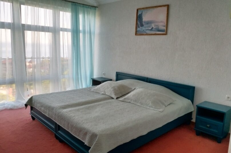 """Коттедж """"Чаир"""" с бассейном, 250 кв.м. на 10 человек, 4 спальни, Алупкинское шоссе, 85, Гаспра - Фотография 38"""