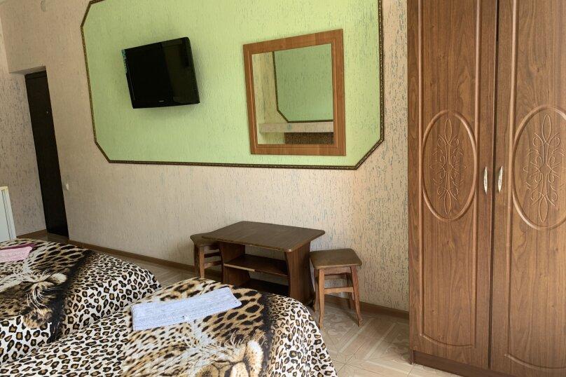 """Гостевой дом """"У Амалии"""", улица Львовская, 52/6 на 10 комнат - Фотография 56"""
