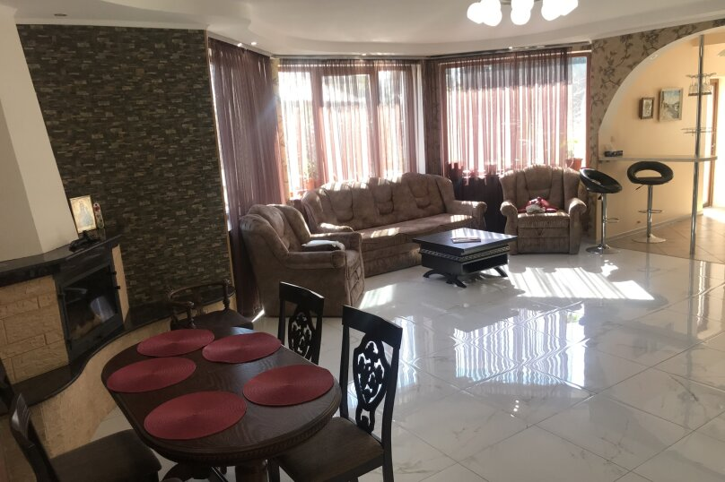 Дом, 200 кв.м. на 6 человек, 3 спальни, улица 1 Мая, 2Б, Алупка - Фотография 12