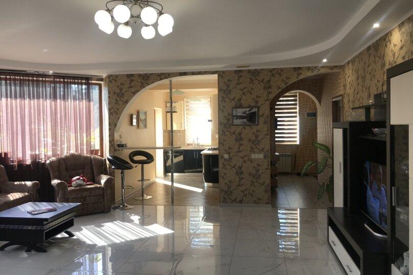 Дом, 200 кв.м. на 6 человек, 3 спальни, улица 1 Мая, 2Б, Алупка - Фотография 16