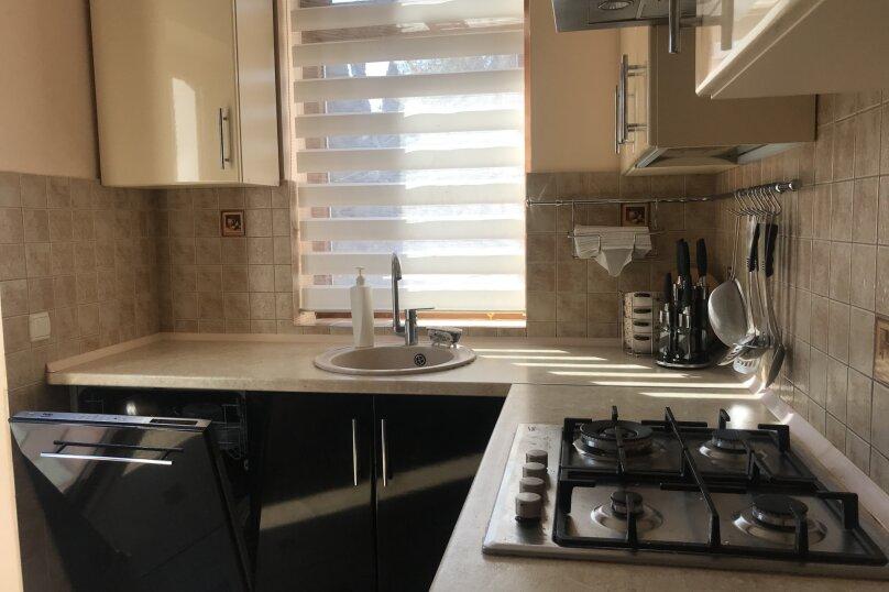 Дом, 200 кв.м. на 6 человек, 3 спальни, улица 1 Мая, 2Б, Алупка - Фотография 18