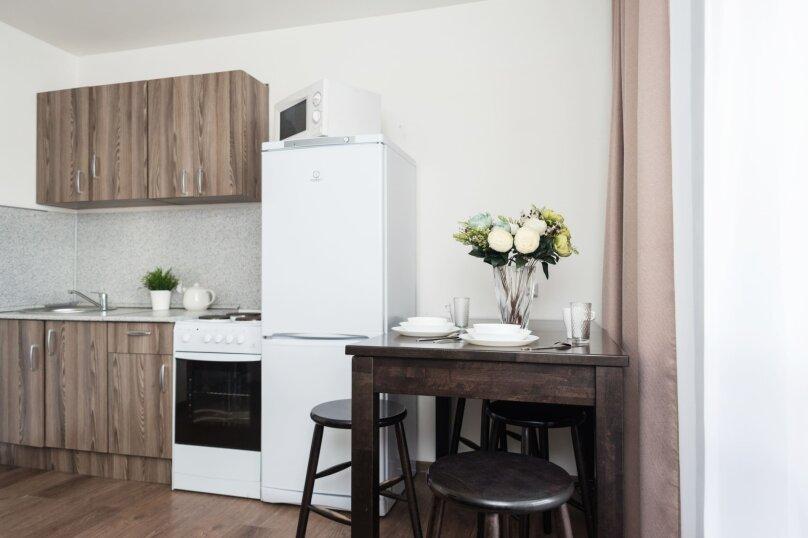 2-комн. квартира, 66 кв.м. на 10 человек, Трамвайный переулок, 2к1, Екатеринбург - Фотография 9