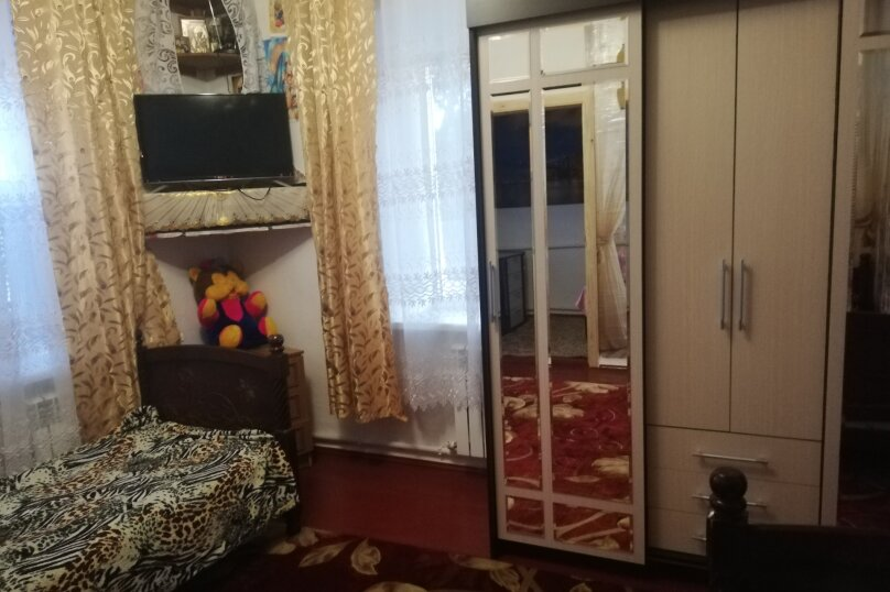 Дом на Азовском море!, 64 кв.м. на 6 человек, 3 спальни, Октябрьская, 112, Должанская - Фотография 15