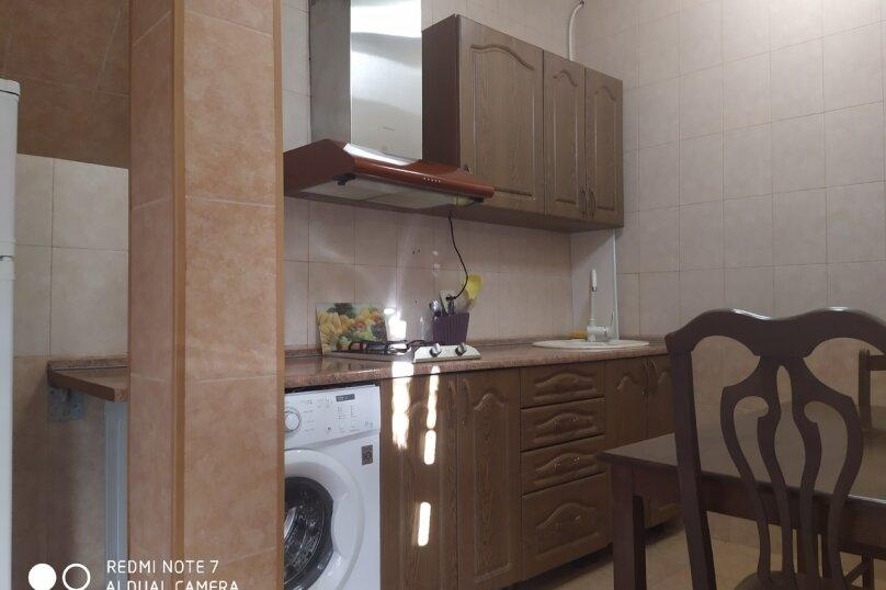 Отдельная комната, улица Чкалова, 3В, Адлер - Фотография 3