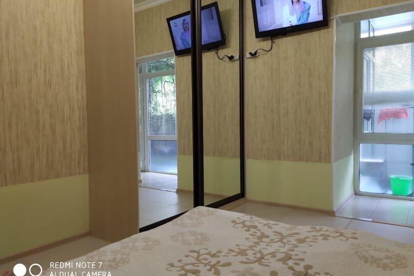 Отдельная комната, улица Чкалова, 3В, Адлер - Фотография 5