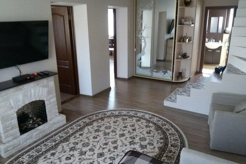 Коктебель Дом, 70 кв.м. на 5 человек, 1 спальня, улица Шершнёва, 43, Коктебель - Фотография 1