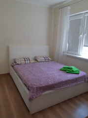 1-комн. квартира, 30 кв.м. на 5 человек, улица Лукоморья, 1к2, село Сукко - Фотография 1