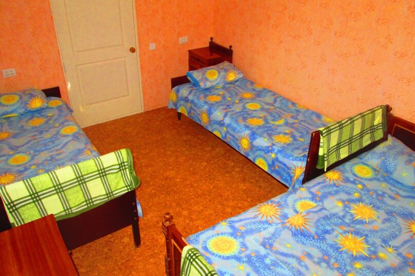 """Гостевой дом """"Яшма"""" на Фиоленте (Севастополь), Монастырское шоссе, 116Ак5 на 3 комнаты - Фотография 24"""