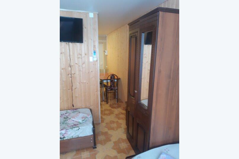 """Гостевой дом """"Кубань-2"""", Озерная улица, 25 на 12 комнат - Фотография 15"""