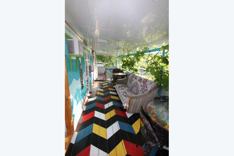 """Гостевой дом """"Мимоза"""", Ростовская улица, 36 на 6 комнат - Фотография 32"""