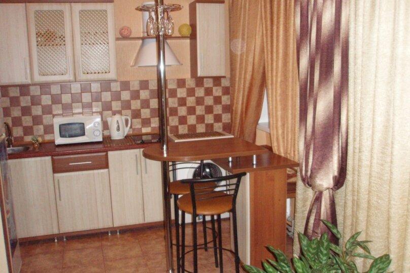 1-комн. квартира на 3 человека, улица Свердлова, 26, Керчь - Фотография 3