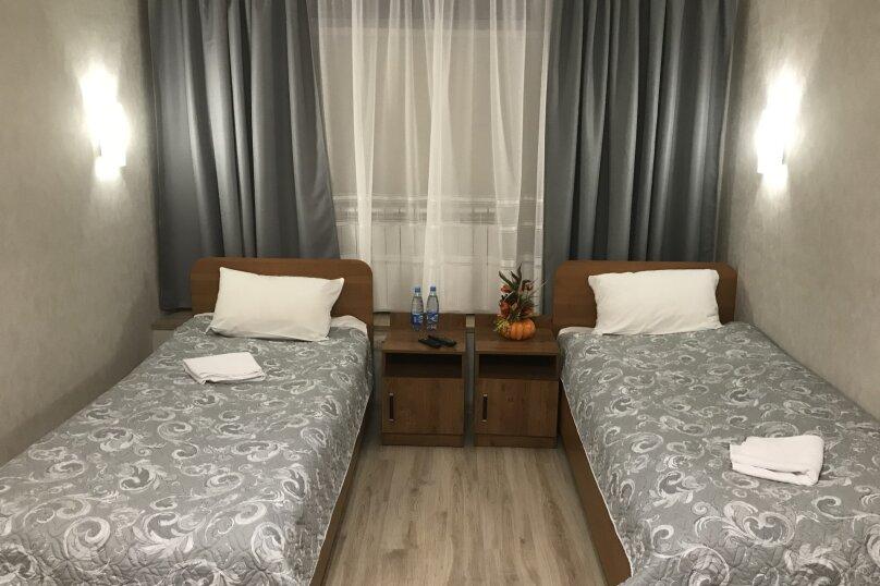 Бюджетный 2-х местный  номер с собственной кухней и раздельными кроватями, улица Потехина, 11, Томилино - Фотография 1