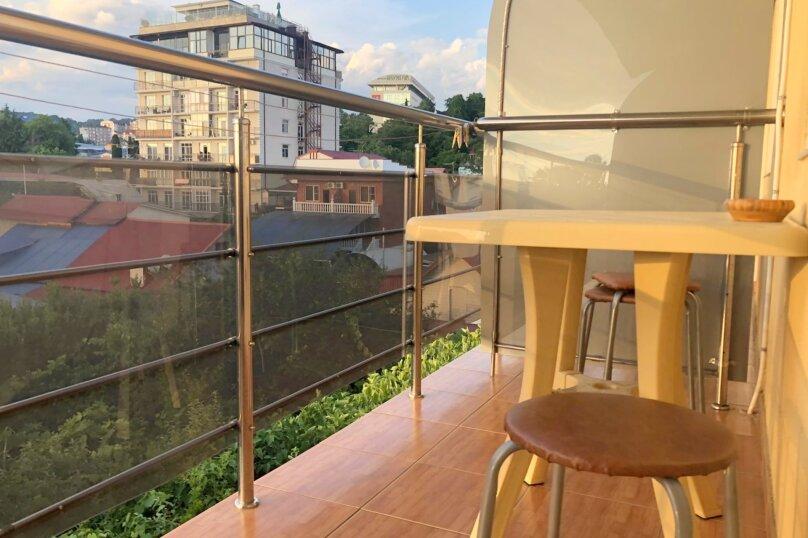 3 х местный улучшенный номер с балконом, Киевская улица, 13А, Адлер - Фотография 17
