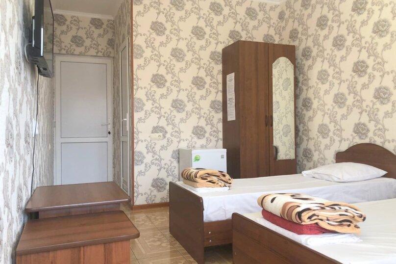 3 х местный улучшенный номер с балконом, Киевская улица, 13А, Адлер - Фотография 20