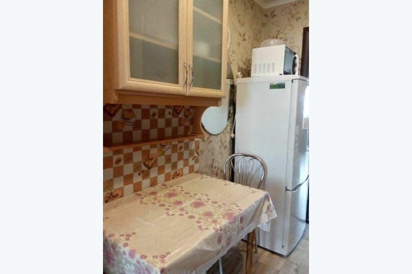 2-комн. квартира, 40 кв.м. на 4 человека, улица Ленина, 4А, поселок Орджоникидзе, Феодосия - Фотография 4